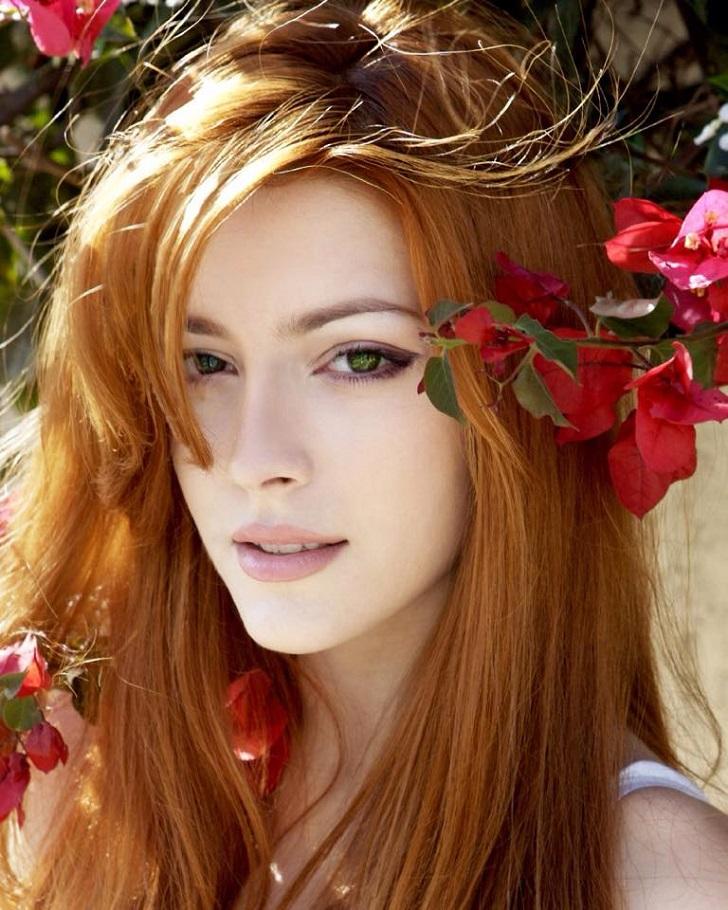 фото красивой девушки рыжей
