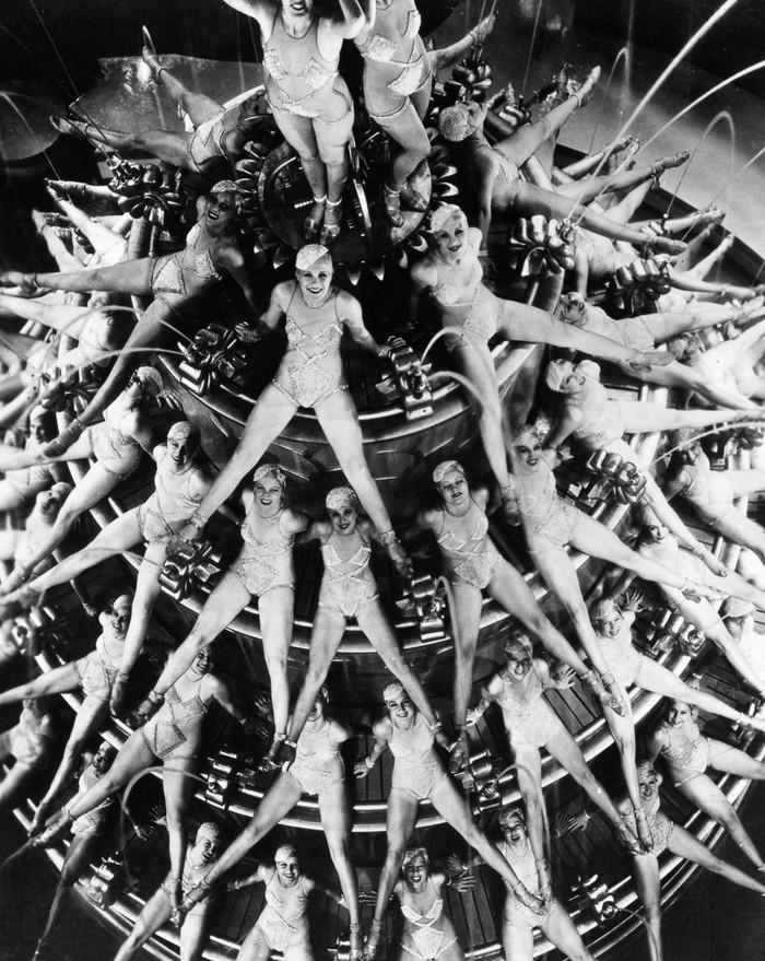 1930-1943 годы: калейдоскопические танцы Басби Беркли