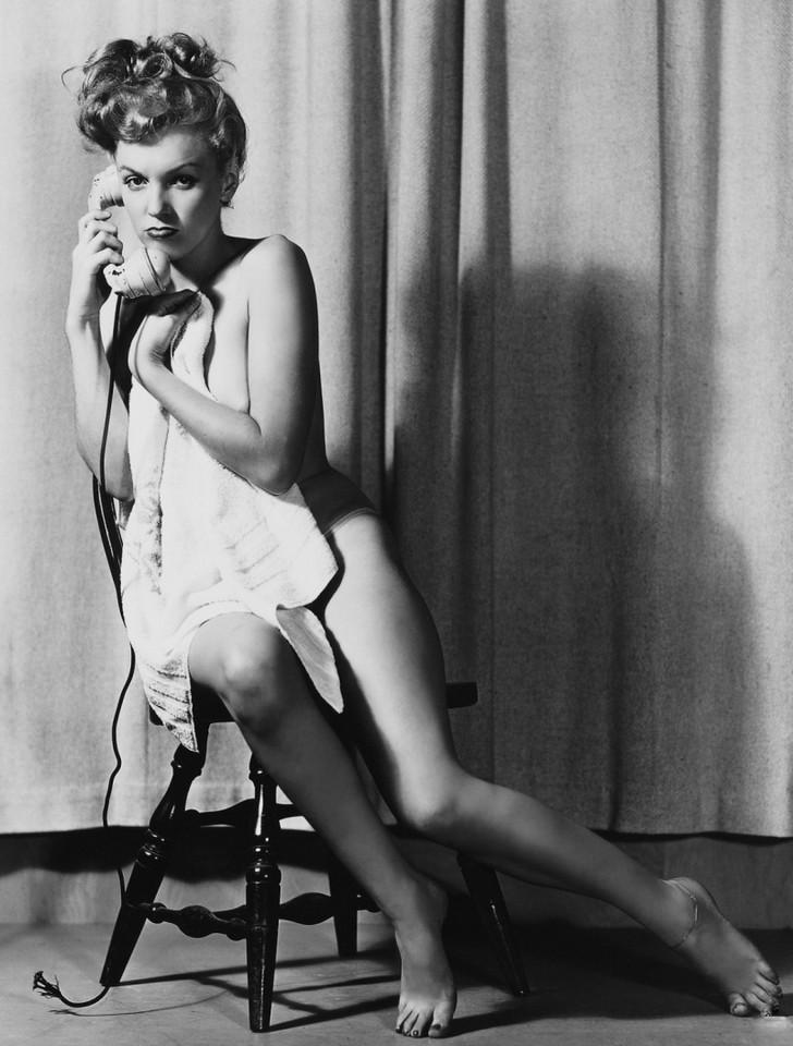 Мэрилин монро в эротических позах, эротические фото попки гимнастки