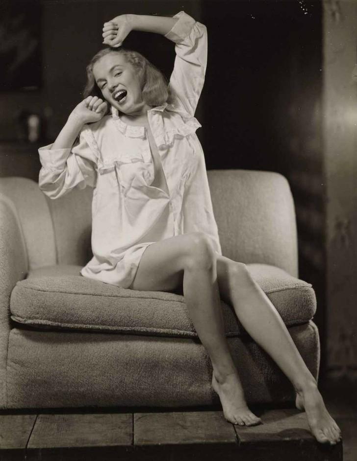 MarilynMonroe14 - 18 редких эротических фотографий Мэрилин Монро в самом начале ее карьеры