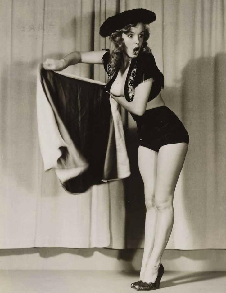 MarilynMonroe16 - 18 редких эротических фотографий Мэрилин Монро в самом начале ее карьеры