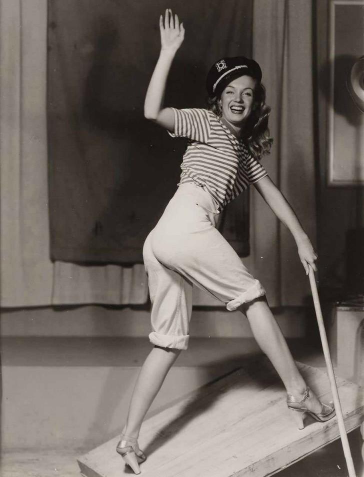 MarilynMonroe18 - 18 редких эротических фотографий Мэрилин Монро в самом начале ее карьеры