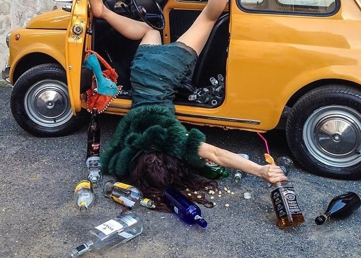 Крах и падение иллюзий жизни: забавные снимки о постановочных несчастных случаях фото