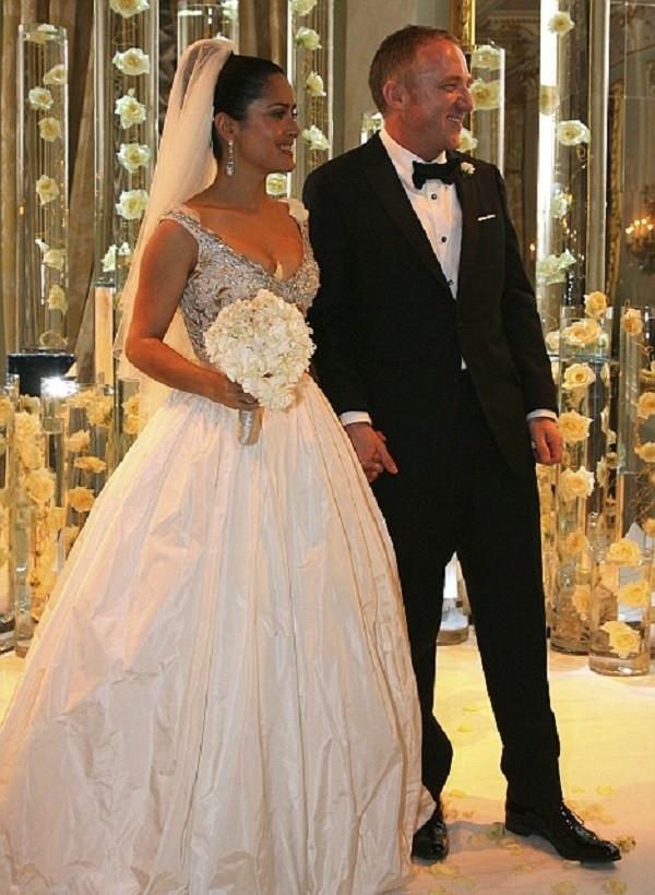 e0f21fecfb61dcb 20 самых сногсшибательных свадебных платьев знаменитостей • НОВОСТИ ...