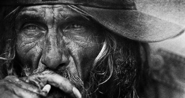 Фотограф снял бездомных, став одним изних