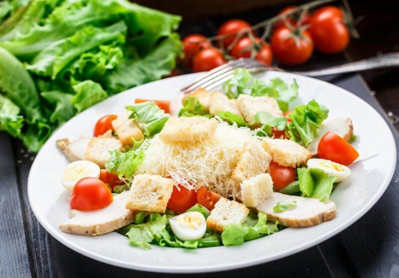 Салат цезарь как вкусно приготовить и фото