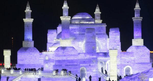 Песнь льда и снега: в Китае проходит международный фестиваль ледяной и снежной скульптуры