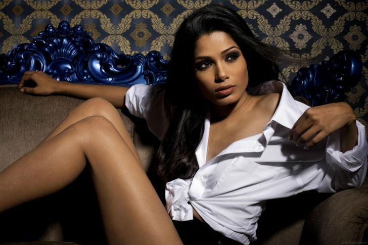 Разводится богатым индийские актрисы лучшие попки видео уфа онлайн