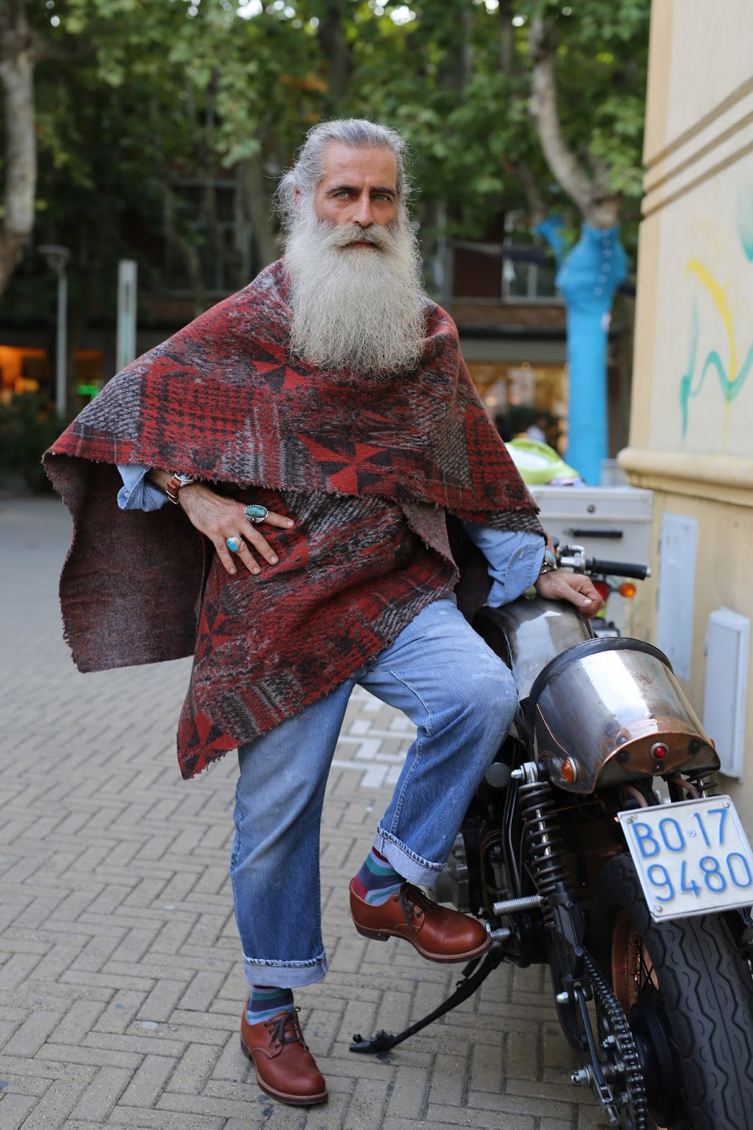 Мода вне возраста и времени: стильные образы пожилых людей