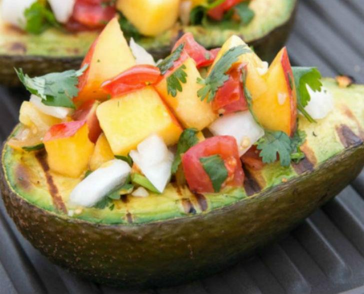 Овощи-в-лодочке-из-авокадо-640x800заглавная