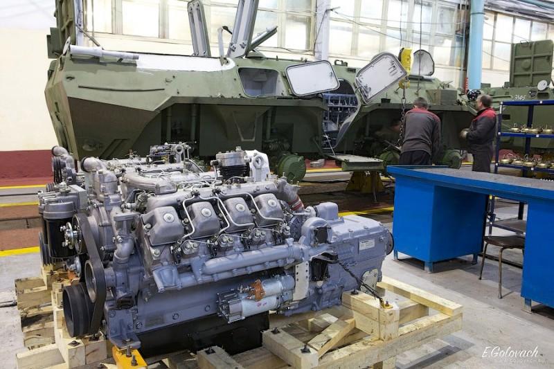 Мотор и КПП КАМАЗовские, На моторе две турбины, дующие в разные секции. Механический ТНВД. Без всяких ЕВРО.