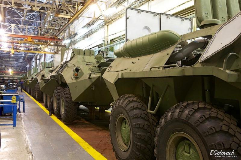 Машины с установленными силовыми установками.