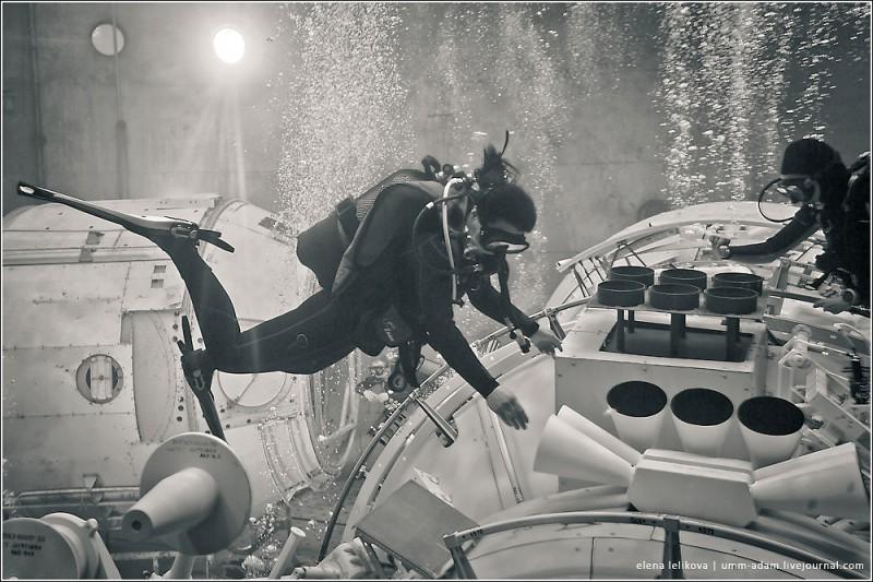 Шанс увидеть ровно то, что видит космонавт во время выхода, есть абсолютно у каждого