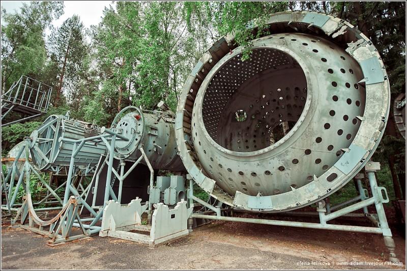 Кстати, в декабре гидролаборатория закрывается на серьезный ремонт, поэтому если возникло желание выйти в открытый космос, реализовать его желательно поскорее