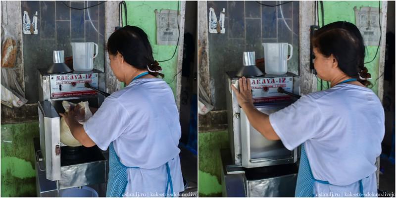 После чего мешок с водой помещают в аппарат для выжимания кокосового молока. Да, именно так он и называется