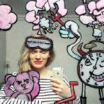 Норвежка делает самые креативные селфи в Интернете