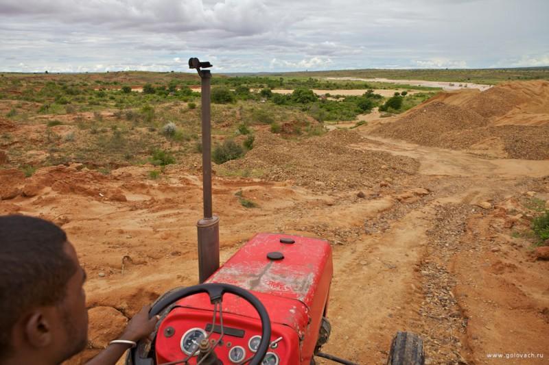 Езда на тракторе по Мадагаскару — доставила массу удовольствия =)