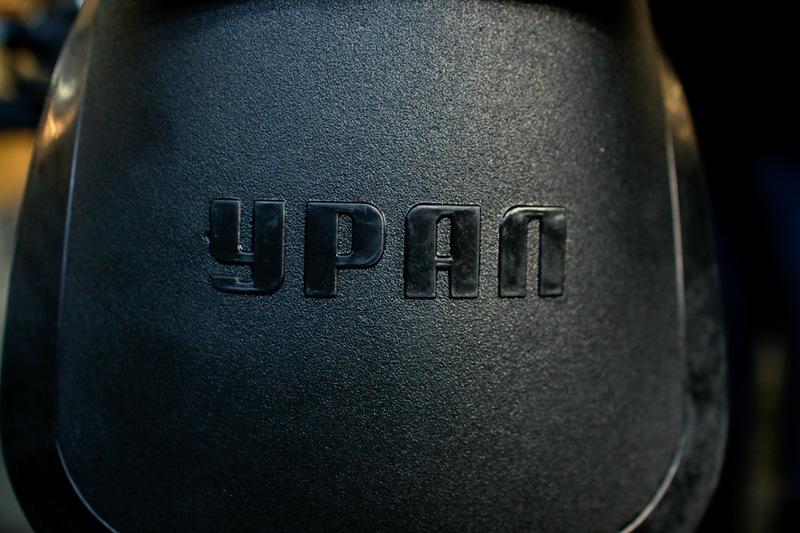 """Даже на экспортных вариантах """"Урал"""" пишется по-русски"""