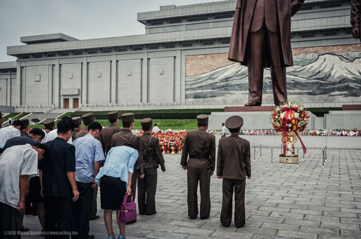 Запрещенные фотографии, с которыми вас не выпустят из Северной Кореи