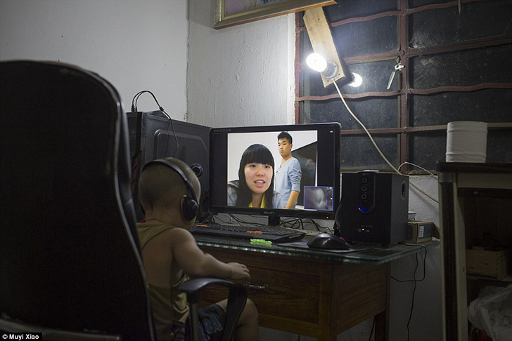 Китайские подростковые браки: как 13-летние девочки стараются пораньше выйти замуж