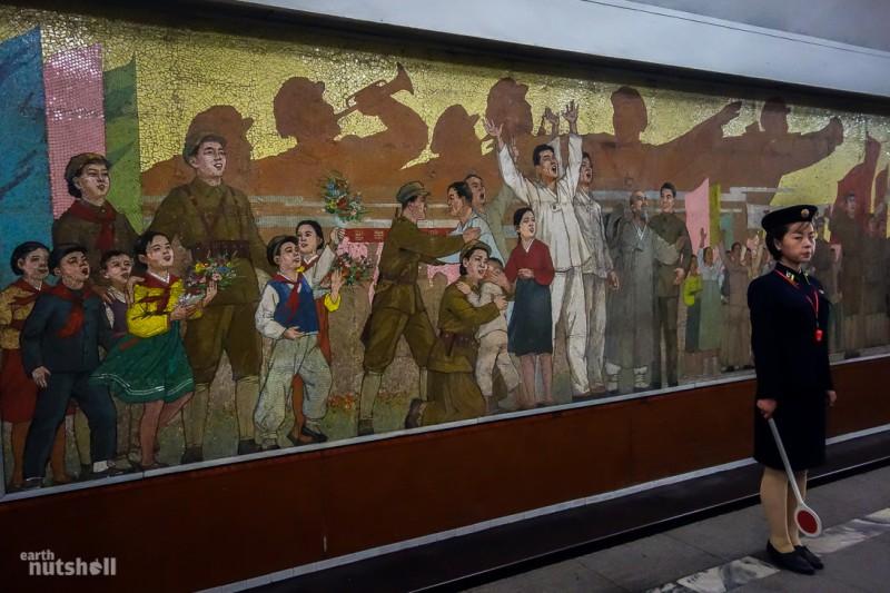 28-Пхеньяну-метро-свято-фреска-kaeson
