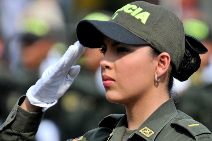 Самые милые девушки-полицейские со всего мира