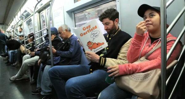 Антиобложки для книг, от которых у пассажиров метро отвисли челюсти