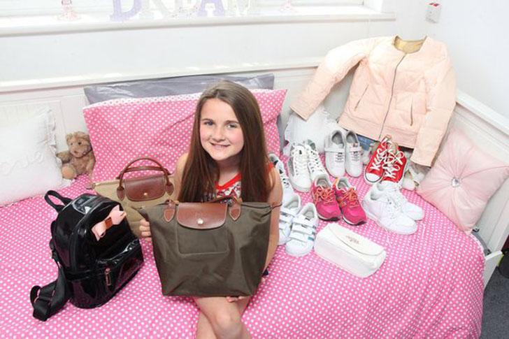 11-летняя вовсе не избалованная блогерша, чей отец спускает на нее тысячи фунтов стерлингов