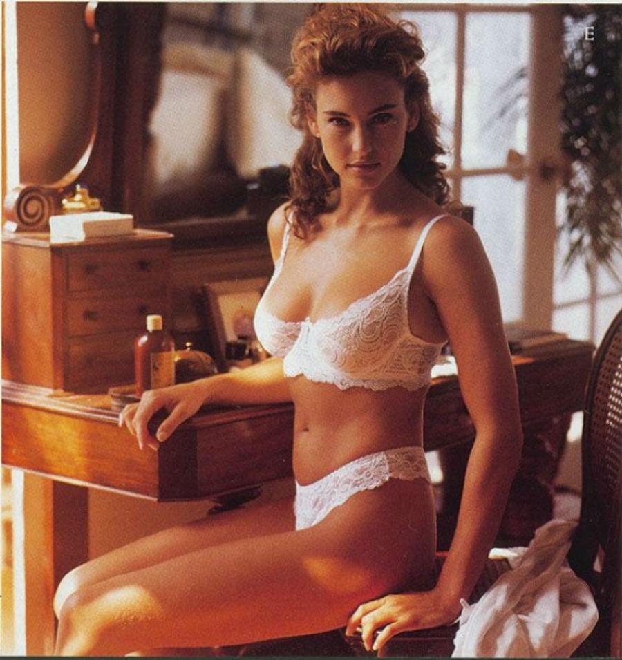 Женское нижнее белье 1980 года купить спортивную бутылку для воды в гомеле