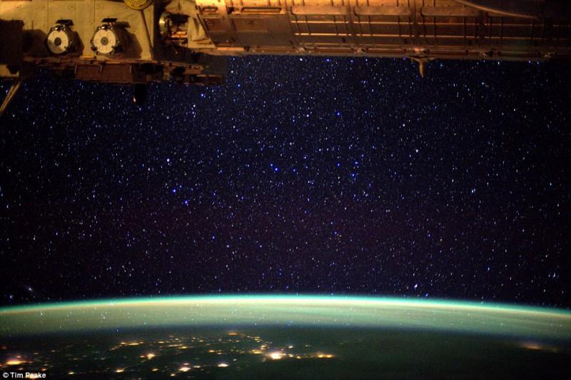 всей фото космоса с мкс охлаждающей