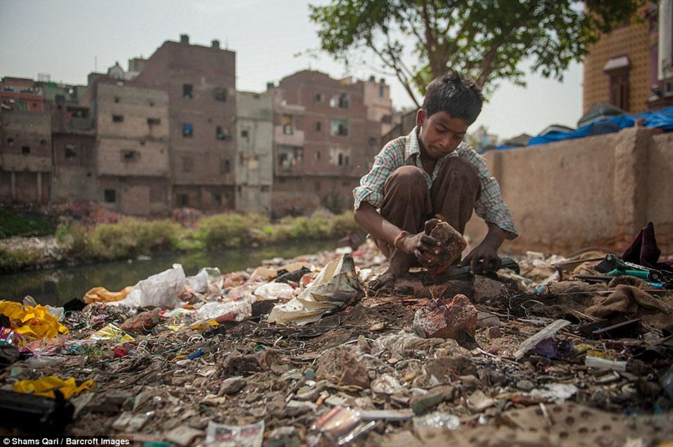Детство на индийском кладбище компьютеров