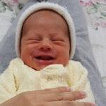 Пахучая тайна детской улыбки: родители из Facebook делятся снимками пукающих детишек