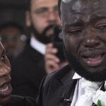 Довела до слез: жених расплакался на свадьбе прямо у алтаря