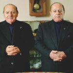 Двое из ларца — одинаковы с лица? Как близнецы отличаются друг отдруга