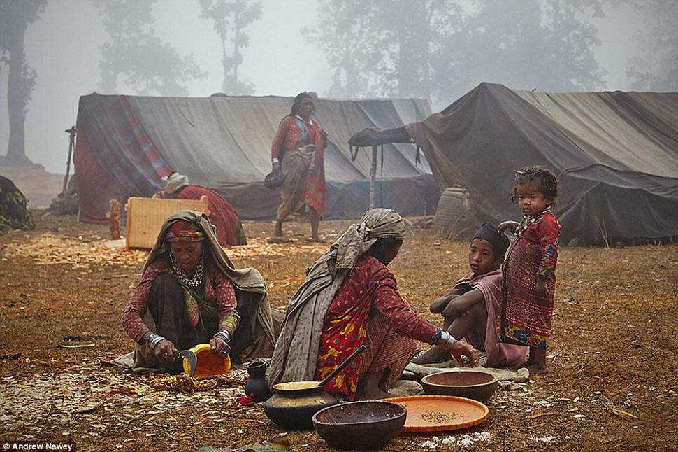 gender role in nepal