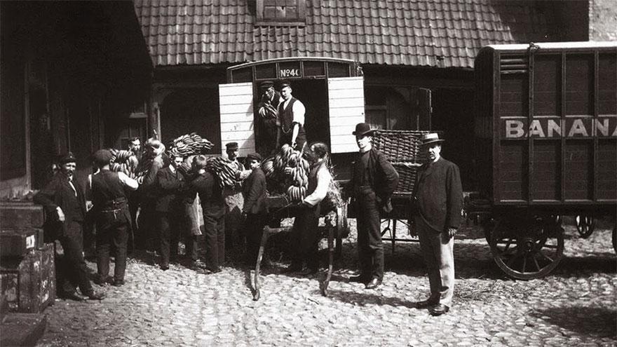 Архивные фотографии, которые запечатлели редкие исторические моменты Архивные фотографии, которые запечатлели редкие исторические моменты 222