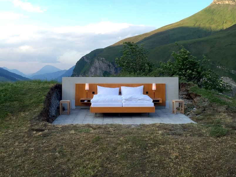 Отель без стен и потолка с лучшим видом на горы
