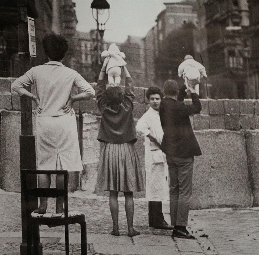 Архивные фотографии, которые запечатлели редкие исторические моменты Архивные фотографии, которые запечатлели редкие исторические моменты 710
