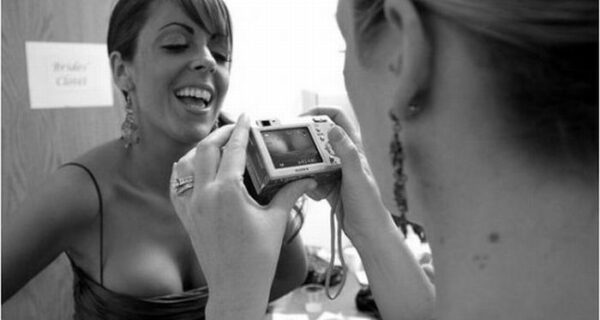 17 примеров, когда у свадебного фотографа все хорошо с чувством юмора