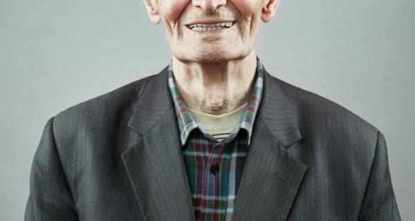 Российский фотопроект о том, что никогда не меняется в человеке, — об улыбке