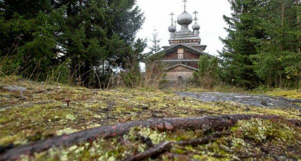 Уникальные древние деревянные церкви Карелии