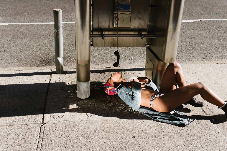 Fucking New York: красивые обнаженные девушки занимаются любовью с Нью-йорком
