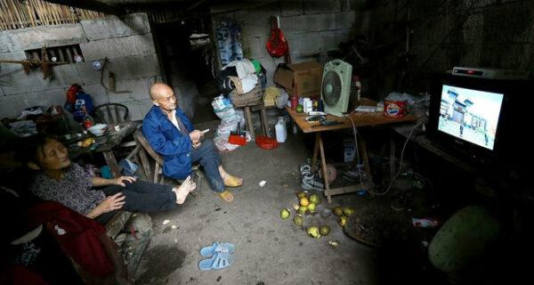 С милым рай и в шалаше: Китайская семья уже 54 года живет в пещере