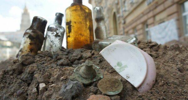 Подземные клады Москвы. Как найти сокровище во время благоустройства улиц