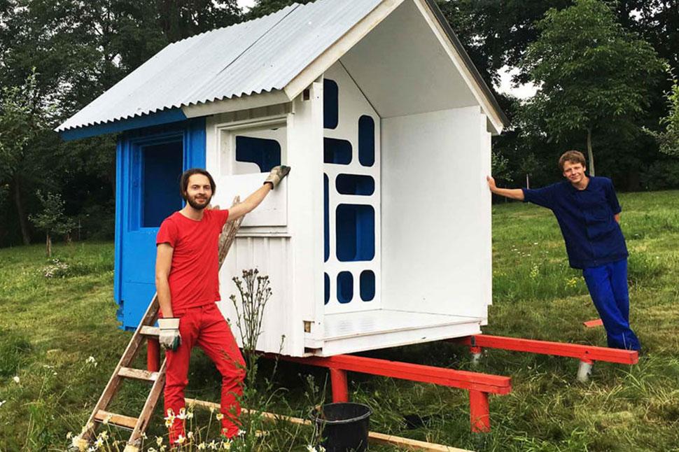 Архитектор рассказал, как построить дом за 1200 долларов и три часа