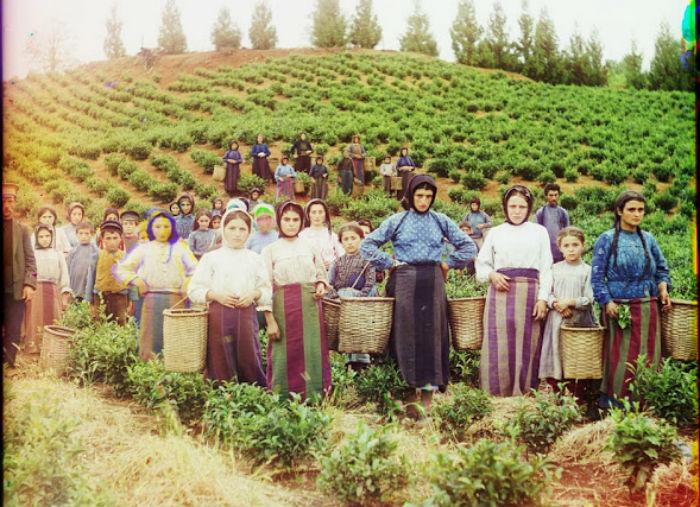 Цветные фотографии женщин Российской империи начала XX века mini