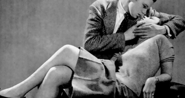 Редакция журнала LIFE 1940‑х годов учит, как правильно целоваться
