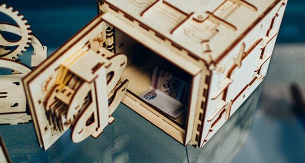Что дарить: деревянные конструкторы для взрослых