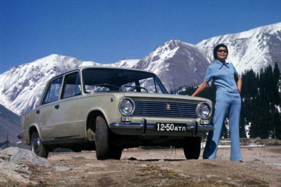 Как в СССР рекламировали машины, телевизоры, нижнее белье ... - photo#49