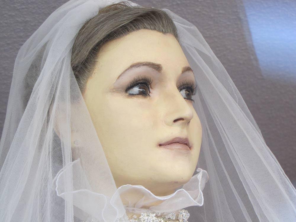 347 - Паскуалита: магазин свадебных платьев мертвой невесты